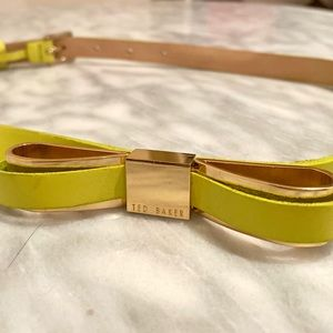 Ted Baker   Neon Patent Leather Bow Belt - sz 0/1